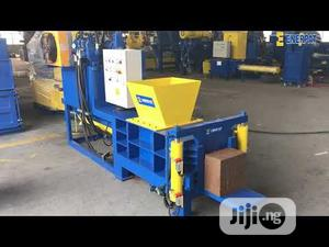 Coco Peat Baler Machine