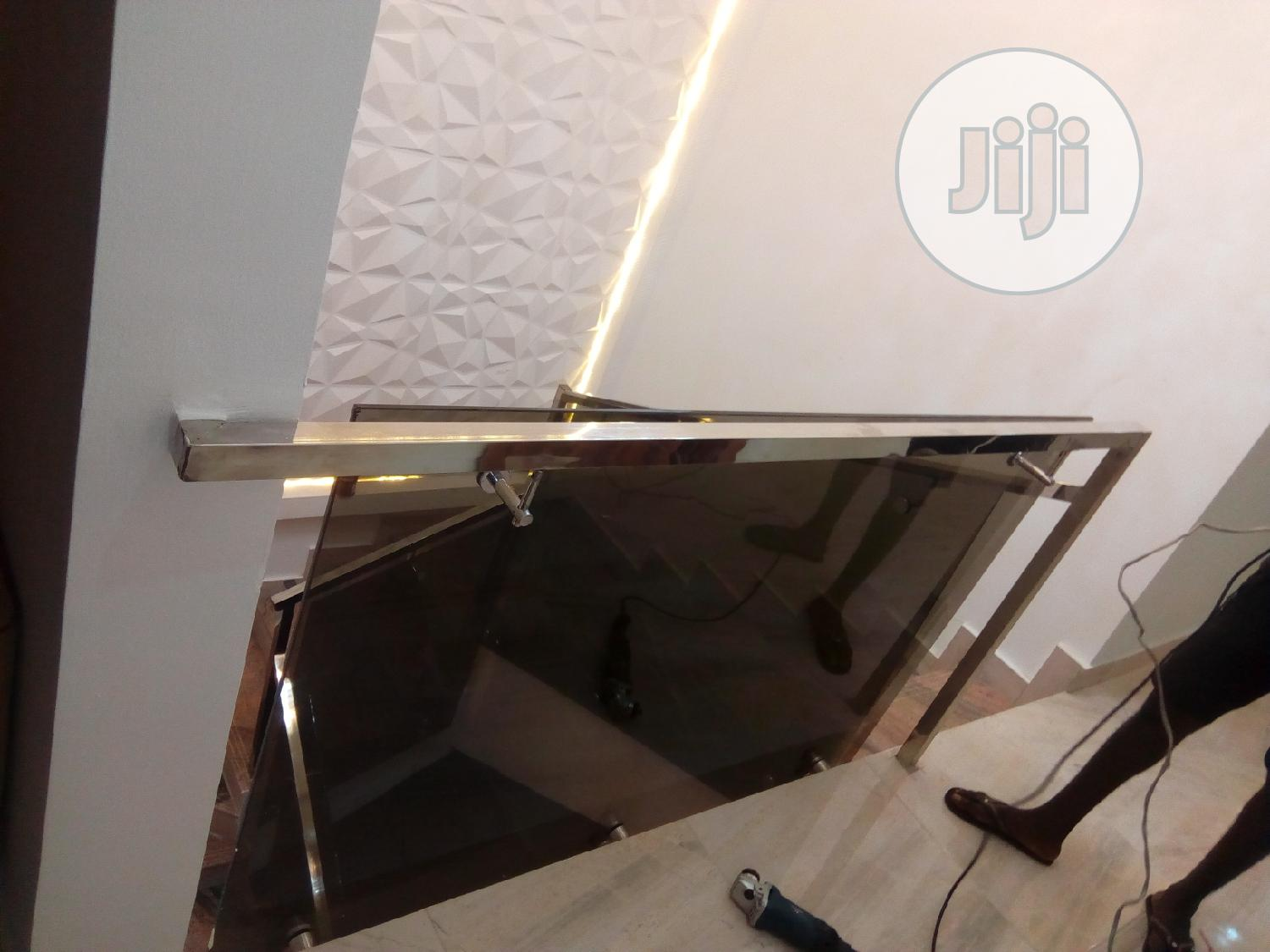 Archive: Framesless Glass & Stainless Steel Handrails & Balusters