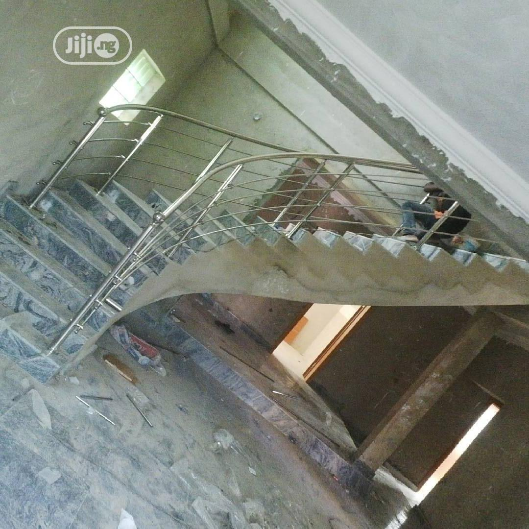 Archive: Spiral Stainless Steel Staircase Handrails