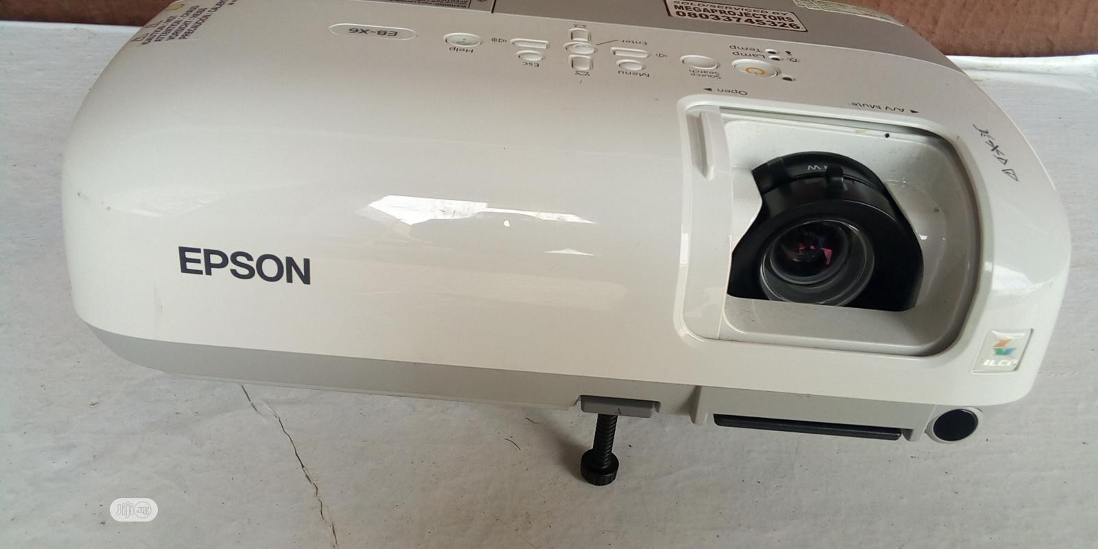 Clean Epson Projector | TV & DVD Equipment for sale in Gwarinpa, Abuja (FCT) State, Nigeria
