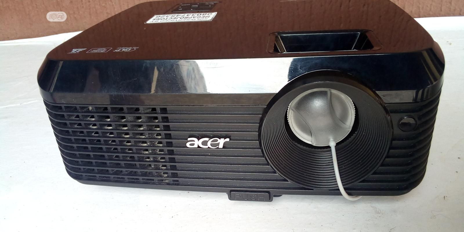 Unique Acer Projector | TV & DVD Equipment for sale in Kado, Abuja (FCT) State, Nigeria