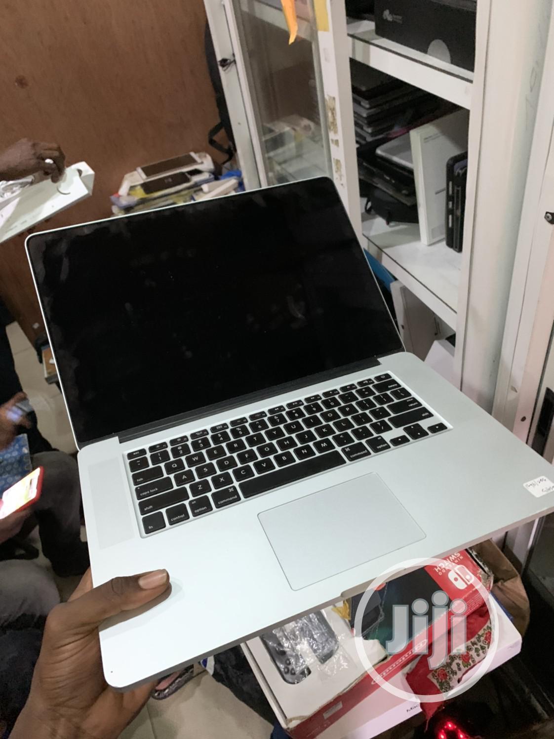 Archive: Laptop Apple MacBook Pro 16GB Intel Core i7 SSD 1T