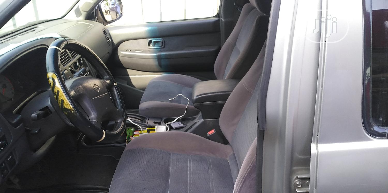 Archive: Nissan Pathfinder 1999 Silver