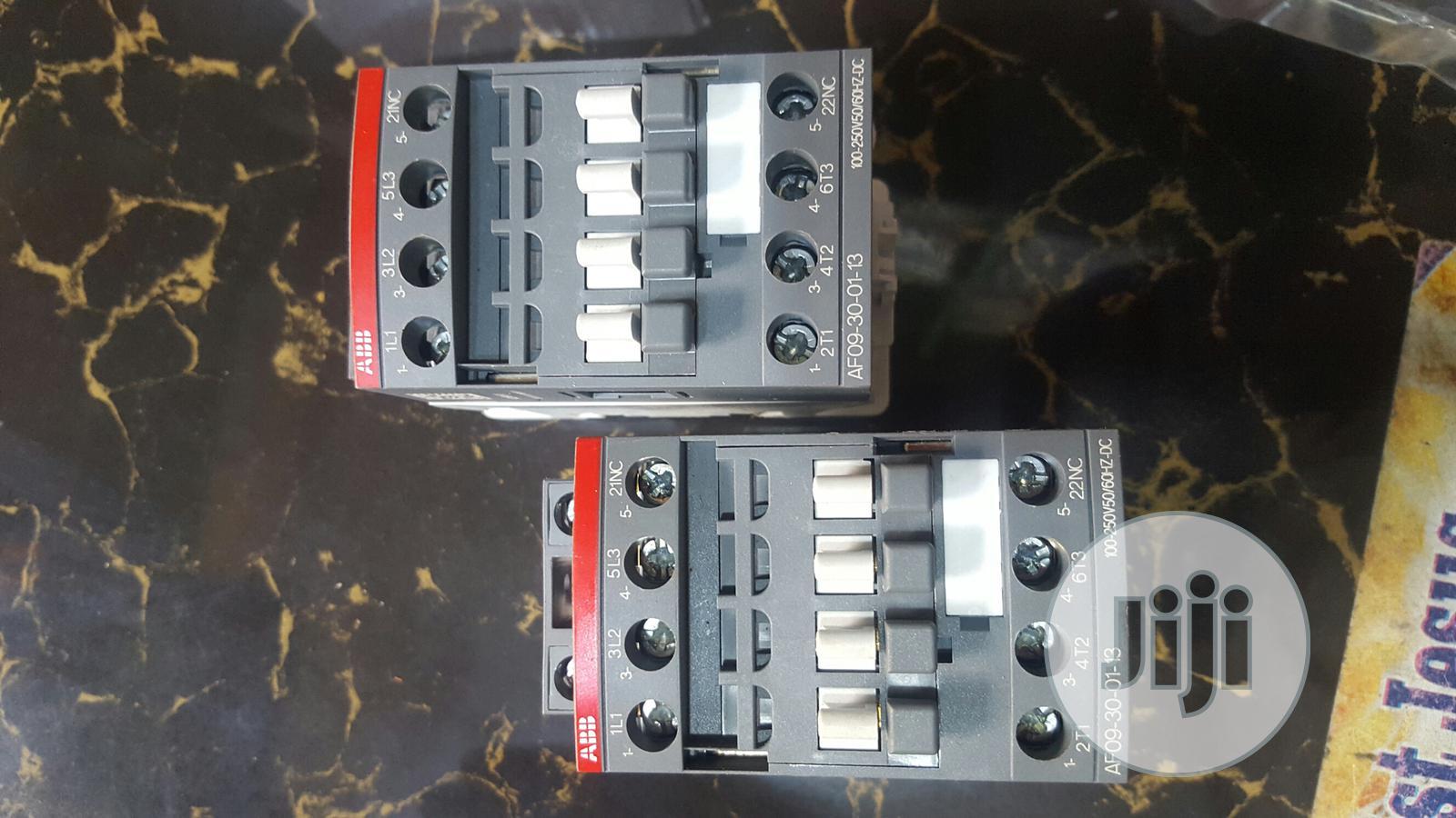Af09 Abb Contactor 100...240vac/Dc.