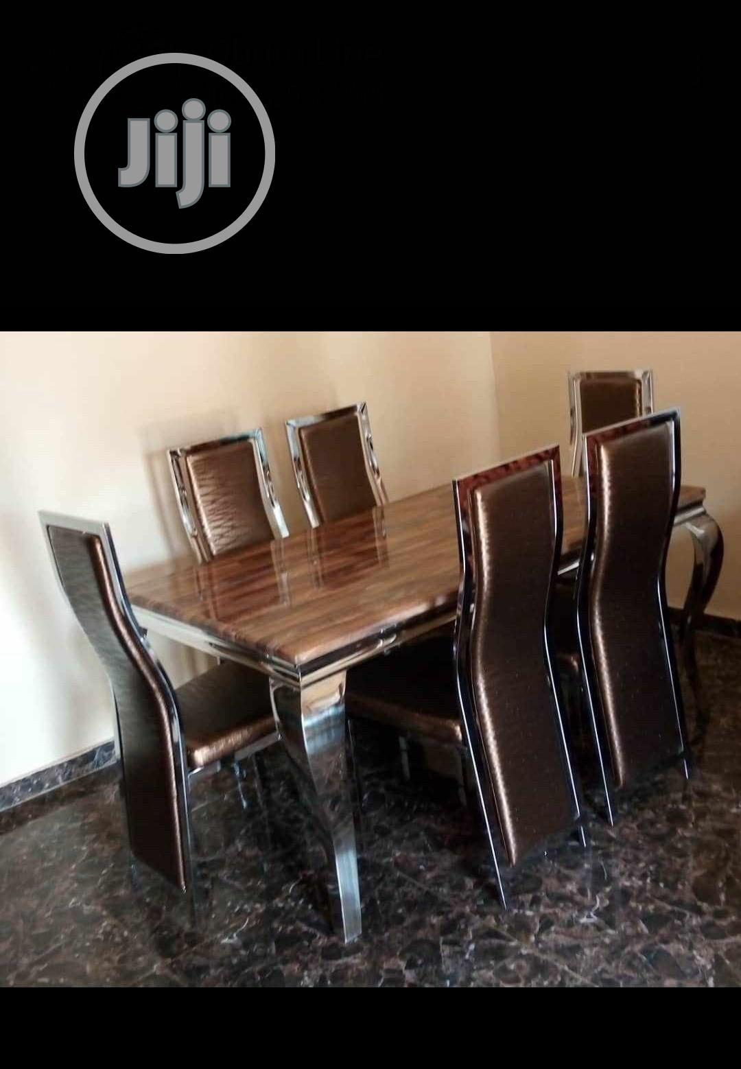 Strong Imported Marble Dining Table With Six Chairs