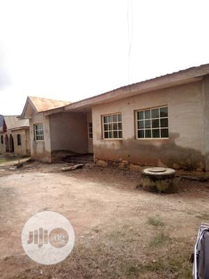 5 Bedroom Flat At Oloko Area, Apata Ibadan   Houses & Apartments For Sale for sale in Oyo State, Ibadan