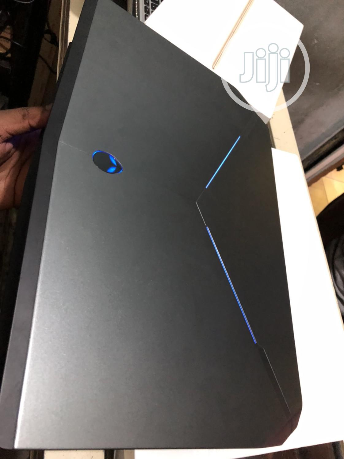Laptop Dell Alienware 15 R2 16GB Intel Core i7 SSHD (Hybrid) 1T