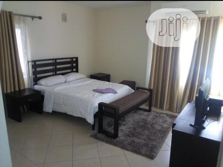 Archive: Ikoyi Executively Furnished Luxurious Three(3) Bedroom Apartments
