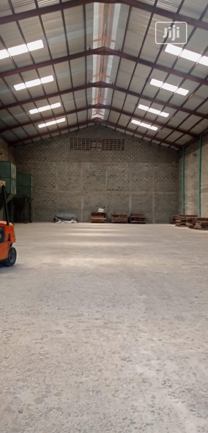 Archive: 2 Bay Warehouse Measring 880sqm Respectively In Abule Oshun