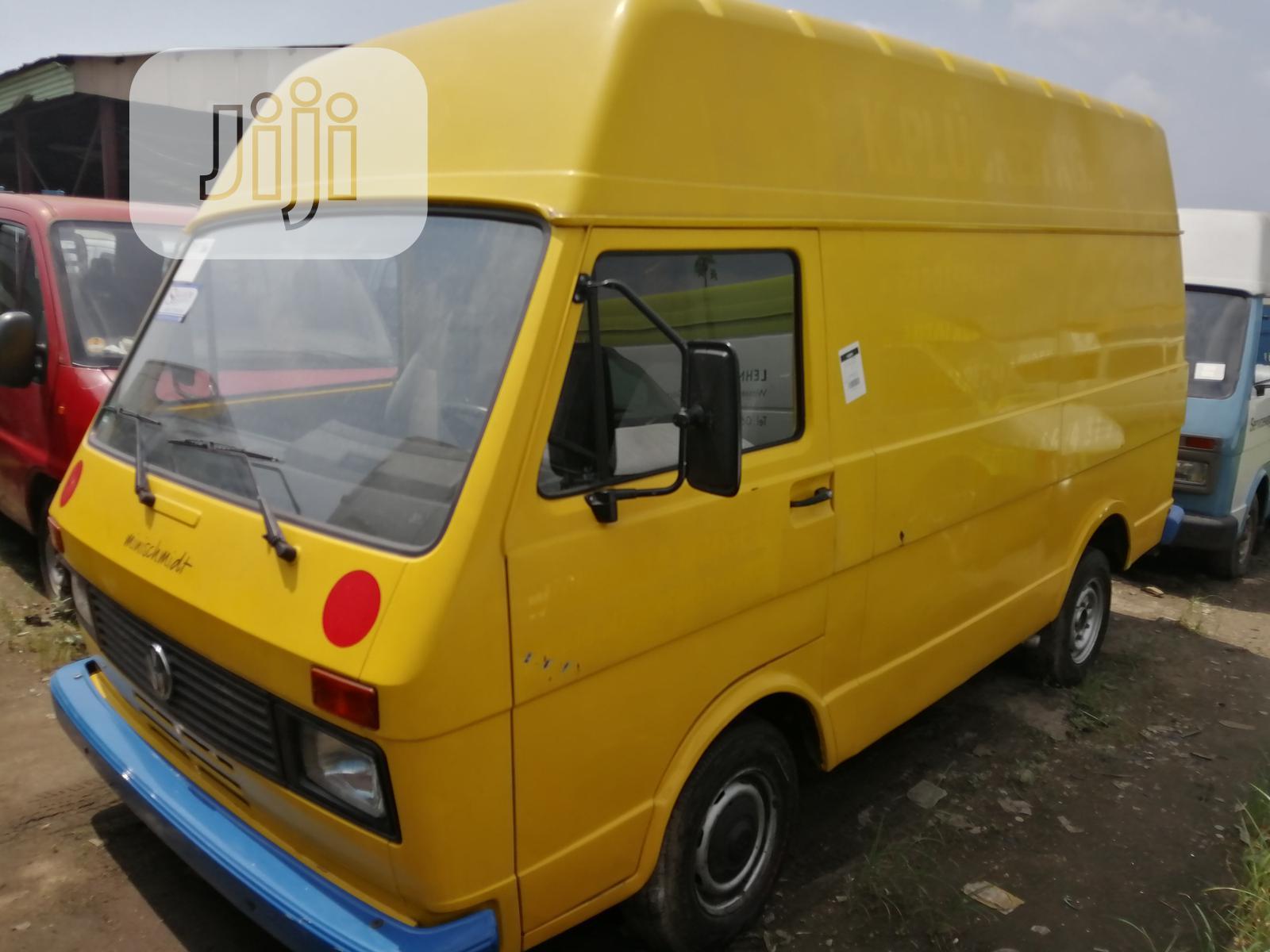 Volkswagen LT 1999 Yellow