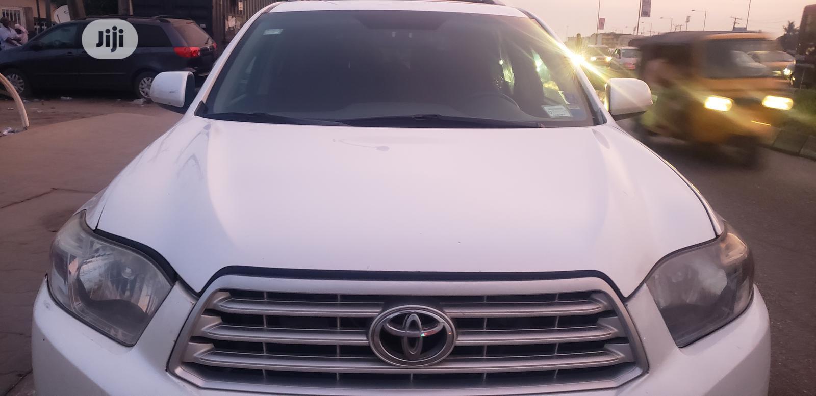 Toyota Highlander 2010 White