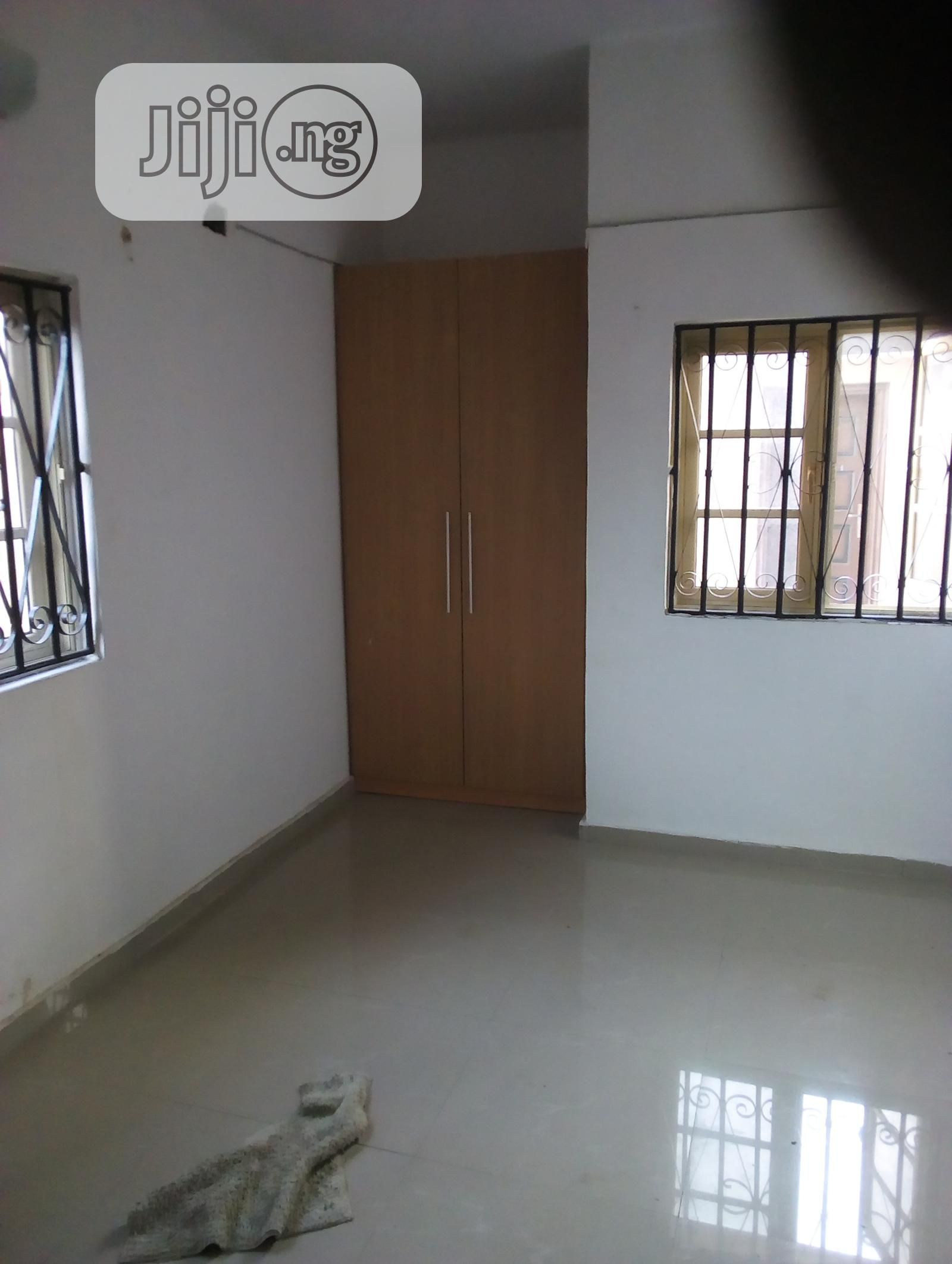 Luxury 2bedroom Flat To Let | Houses & Apartments For Rent for sale in Ajah, Lagos State, Nigeria