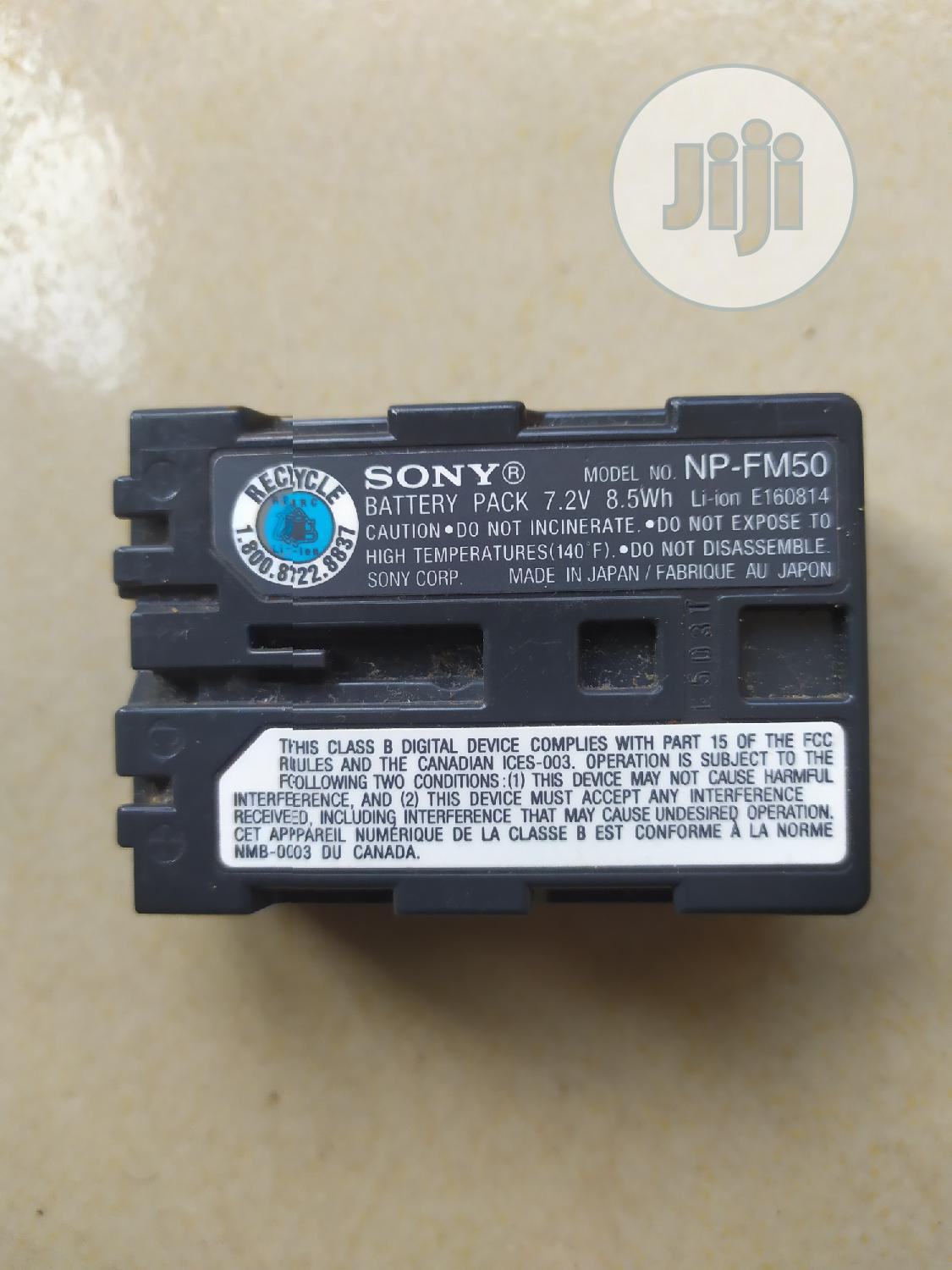 Sony NP-FM50 Infolithium Battery For Sony Camcorders & Digital Cameras | Photo & Video Cameras for sale in Ibadan, Oyo State, Nigeria