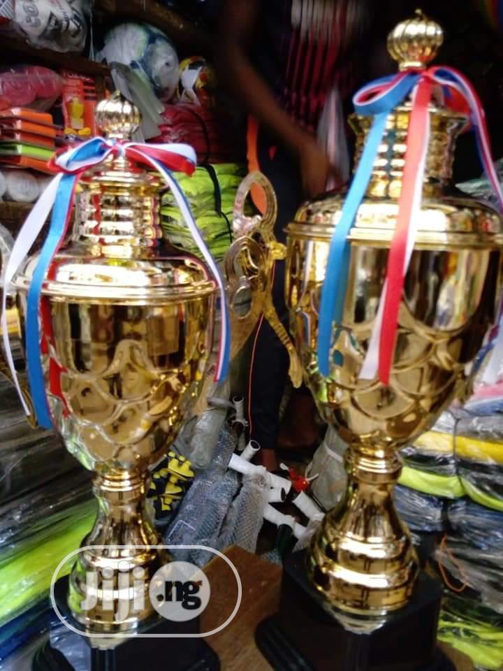 Gaint Trophy Gold