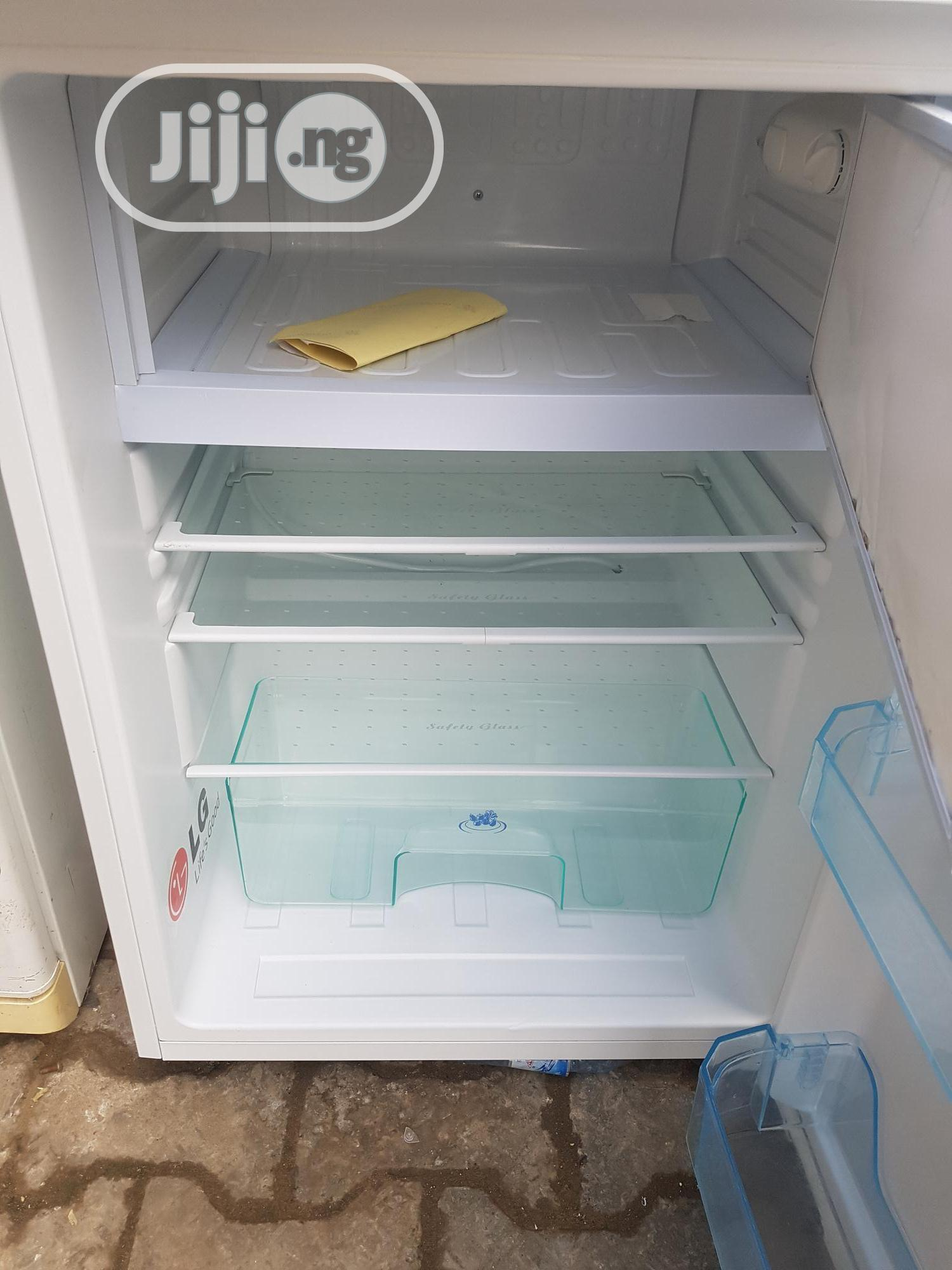 Uk Used Fridge And Freezer   Kitchen Appliances for sale in Maryland, Lagos State, Nigeria