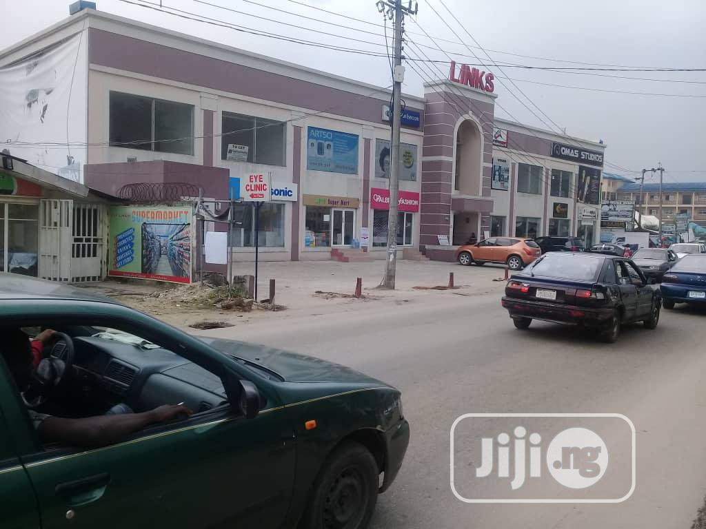 Shopping Plaza On 2floors For Sale At Rumuigbo Port Harcourt | Commercial Property For Sale for sale in Port-Harcourt, Rivers State, Nigeria