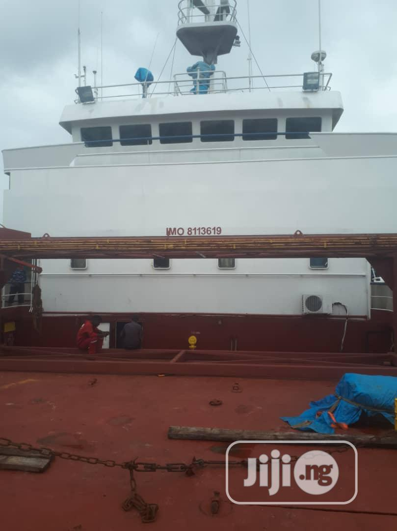 2500 MT Cargo Vessel For Hire