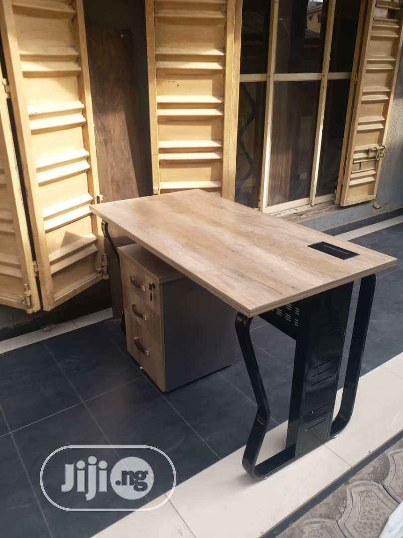 Quality Metal Leg Table