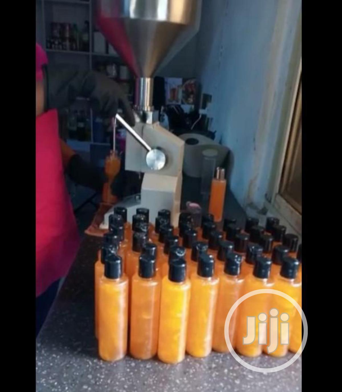 Manual Liquid Filling Machine For Cream Paste Shampoo Cosmetic | Manufacturing Equipment for sale in Ojo, Lagos State, Nigeria