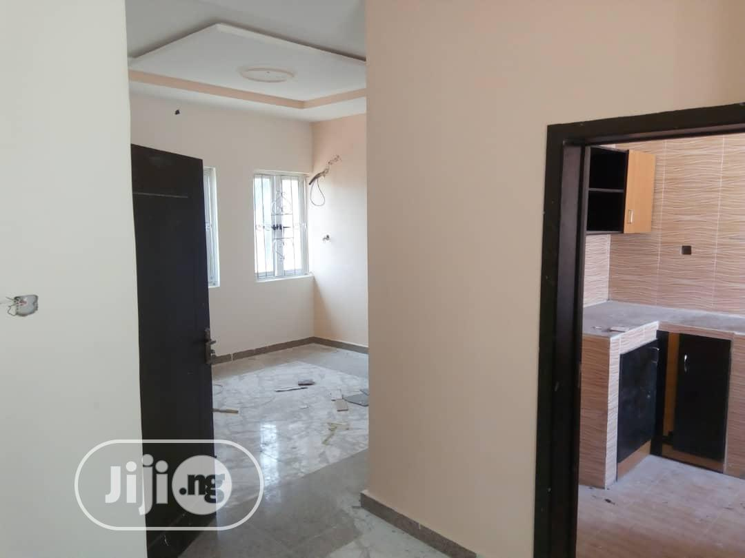 Neatly 2 Bedroom Flat For Rent