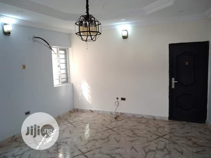 For Rent Executive 2 Bedroom Flat in an Estate College Road Ogba 1.2m