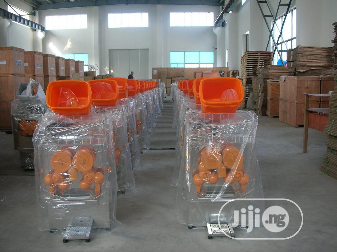 Archive: Orange Juice Extractor