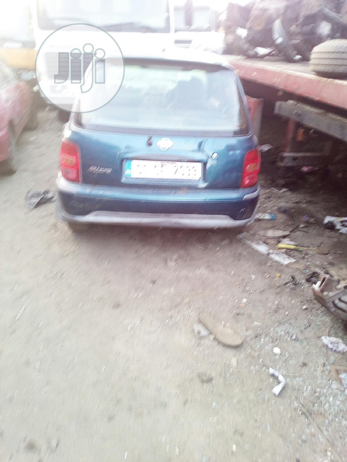 Nissan Almera 2001 Tino 1.8 Blue | Cars for sale in Mushin, Lagos State, Nigeria