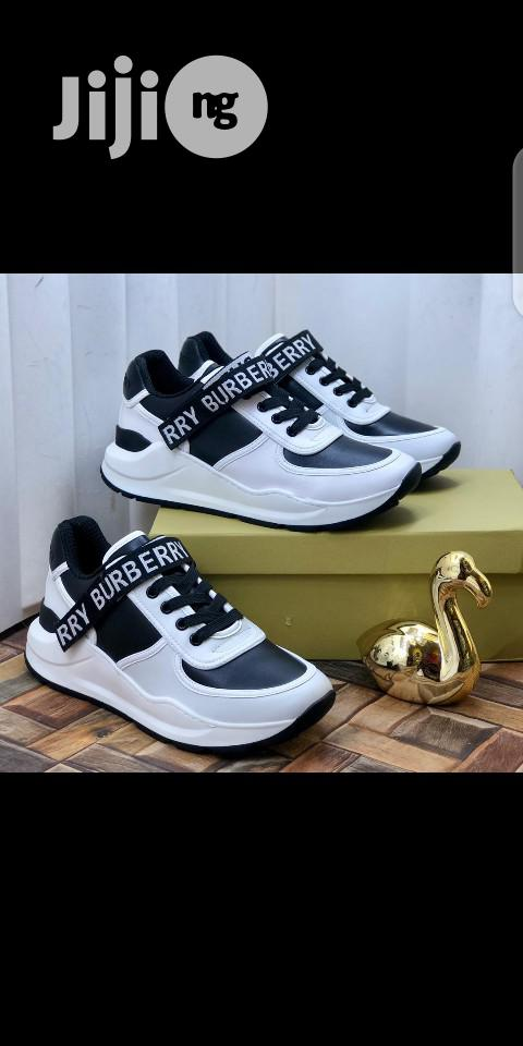 Burberry Latest Sneakers   Shoes for sale in Lagos Island, Lagos State, Nigeria