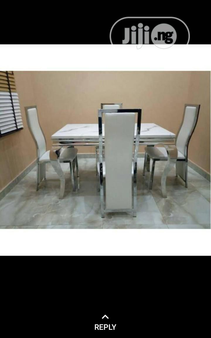 Marble Dinning Tables With 4 Chairs