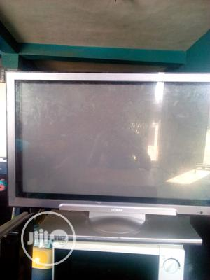 Hitachi Tv 32 Inches Lcd Very Clean Tokunbo | TV & DVD Equipment for sale in Oyo State, Ibadan