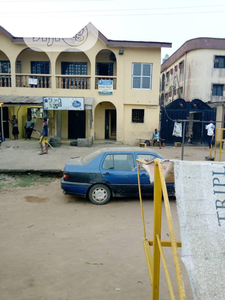 Spacious & Neat 2 Bedroom Flat At Ijegun For Rent.