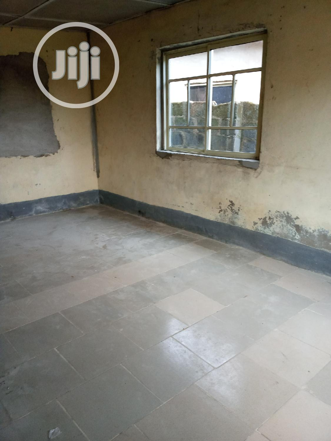 Spacious & Neat 2 Bedroom Flat At Ijegun For Rent. | Houses & Apartments For Rent for sale in Alimosho, Lagos State, Nigeria