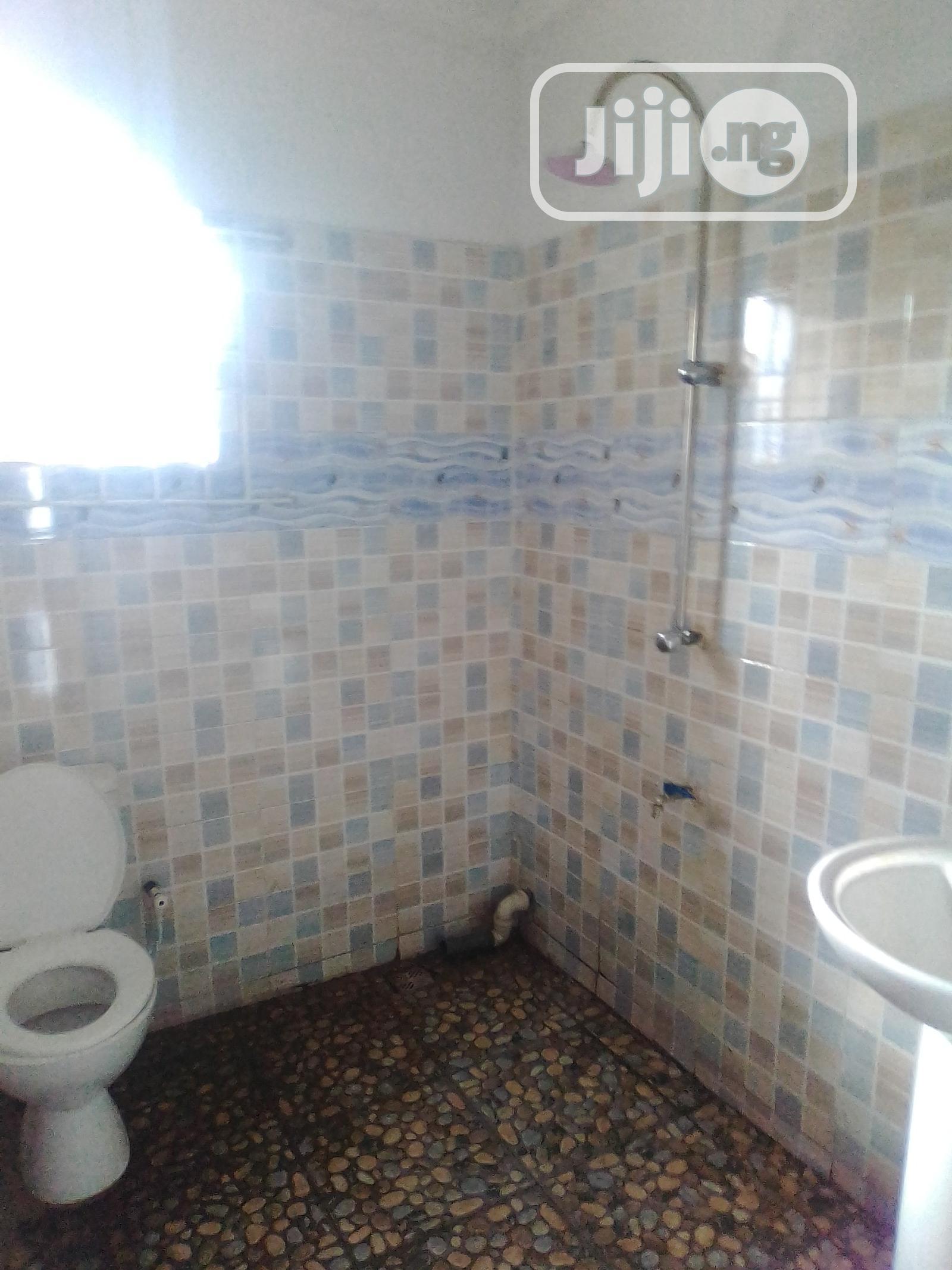 Archive: Standard 3 Bedrooms Flat Letting at Tejumola Estate, Egbeda.