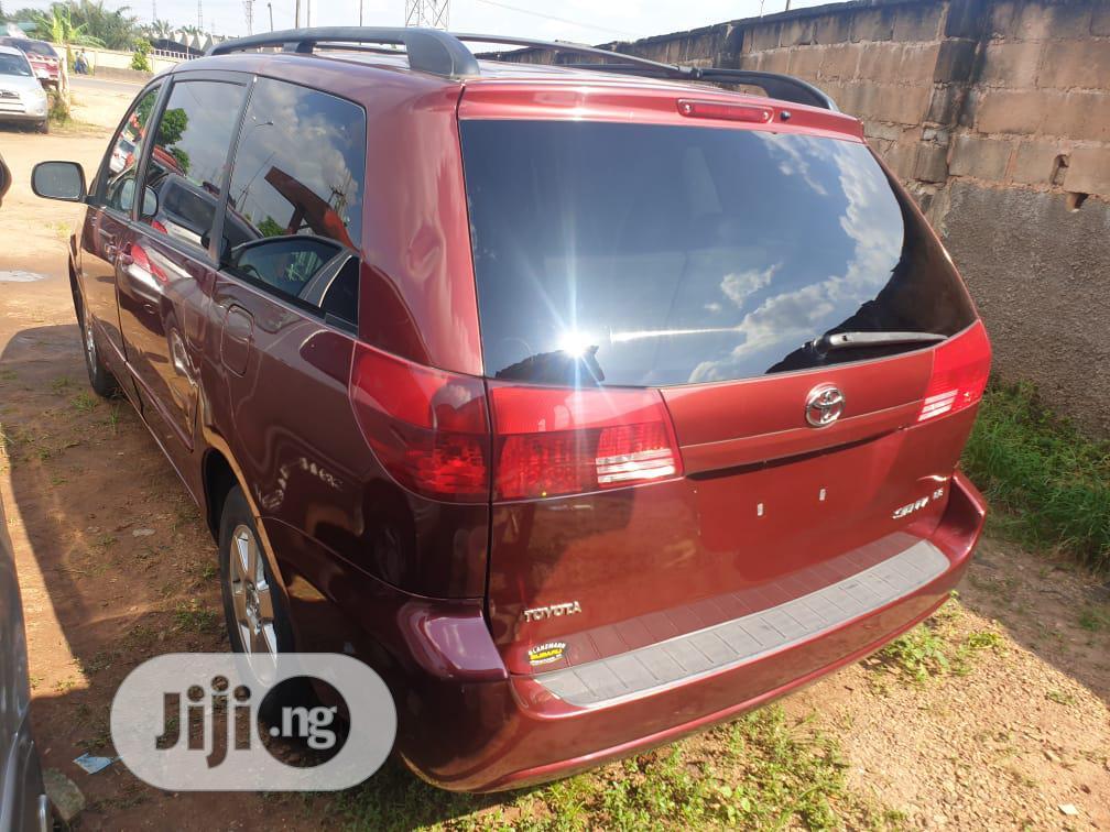 Toyota Sienna 2005 CE Red | Cars for sale in Benin City, Edo State, Nigeria