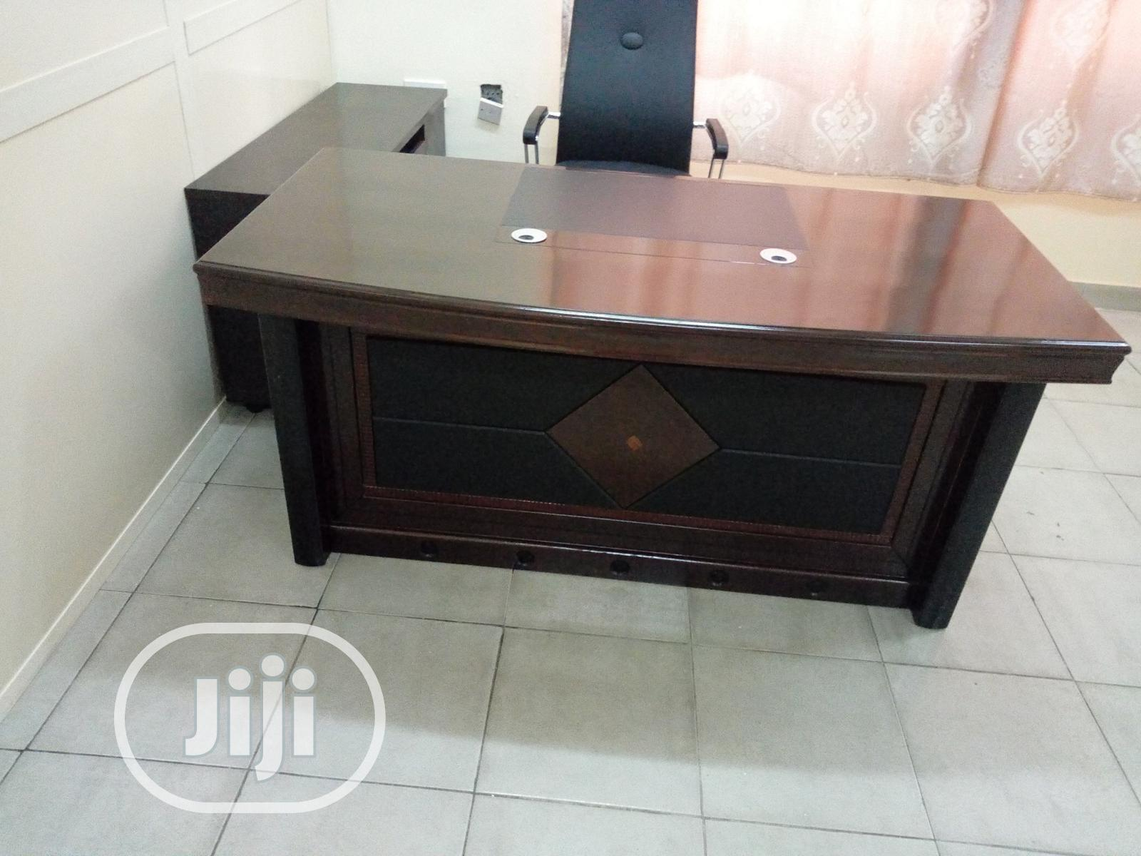 Executive Office Desk With Chair