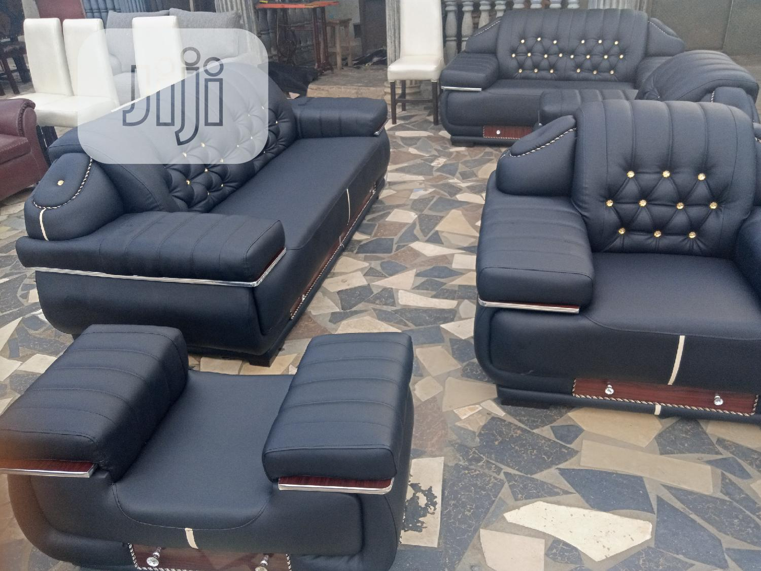 7 Seater Beautifully Designed High Quality and Durable Sofa / Chairs
