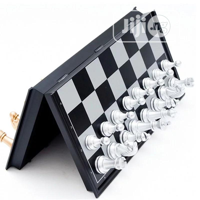 Archive: Foldable Magnetic Gold Chess Sets Gold&Silver