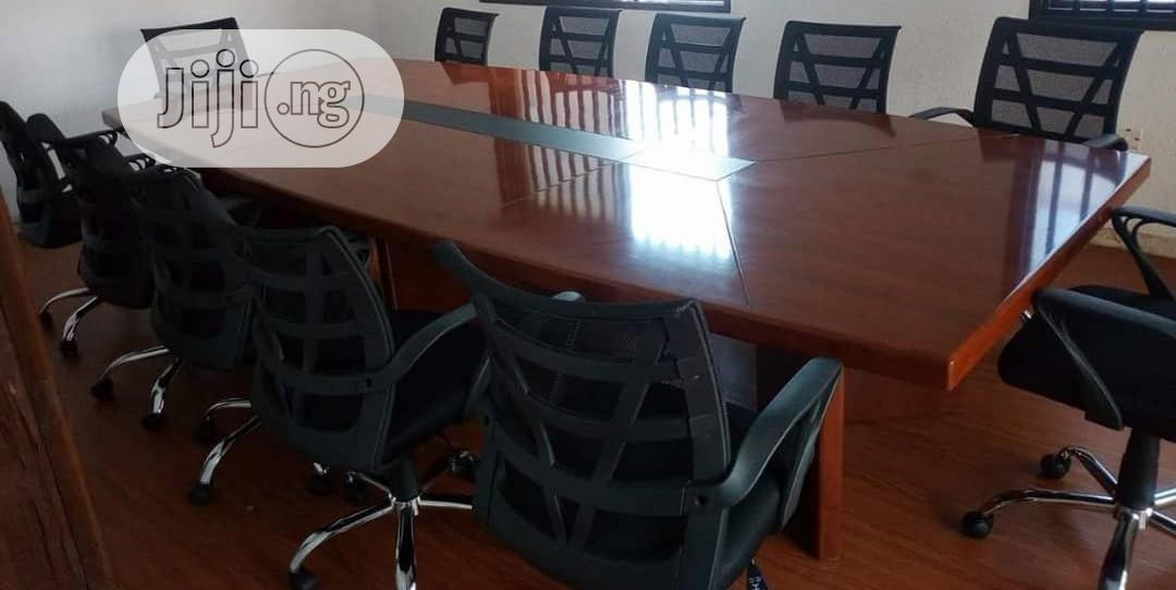 12 Sitter Conference Table