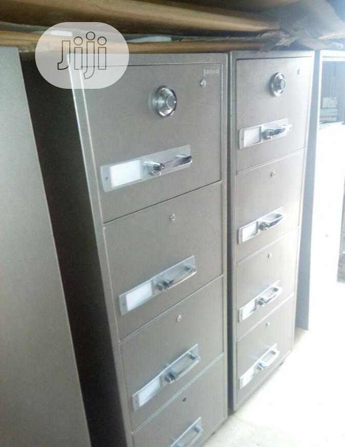 Brand New 4 Drawers Fire Proof Safes With Security Numbers And Key's