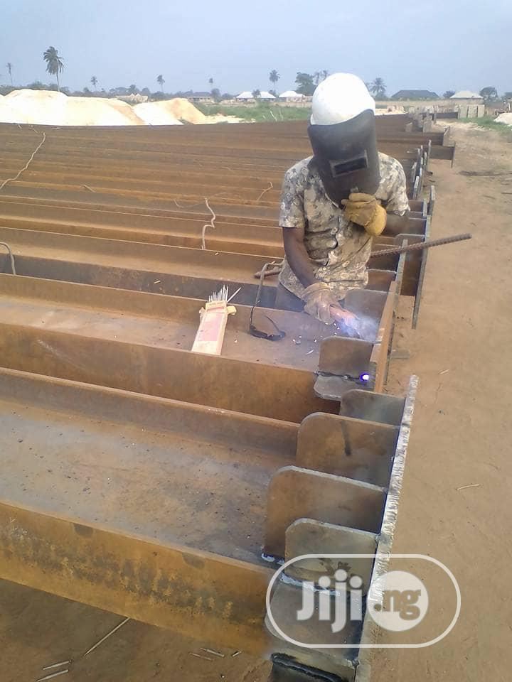 Fab & Erection Of Steel Structures For Ware House & Other Buildings