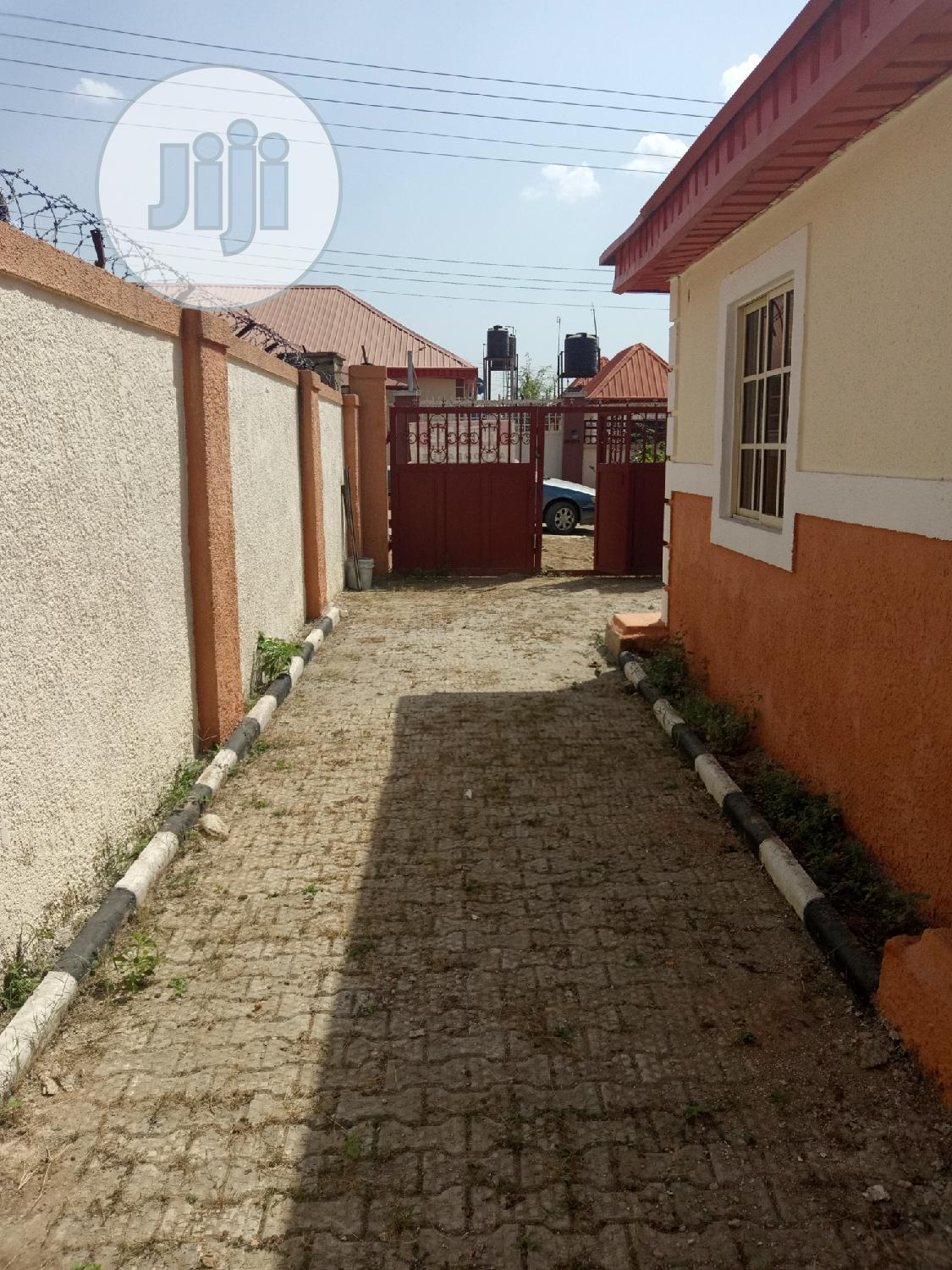2 BR Bungalow At Trademore Estate Lugbe For Sale | Houses & Apartments For Sale for sale in Central Business Dis, Abuja (FCT) State, Nigeria