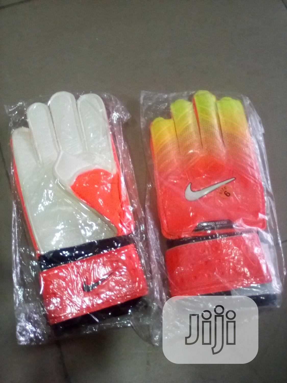 Archive: Goal Keeper Glove