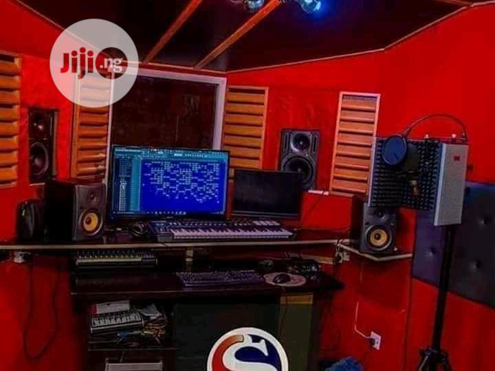 Music Producer CV