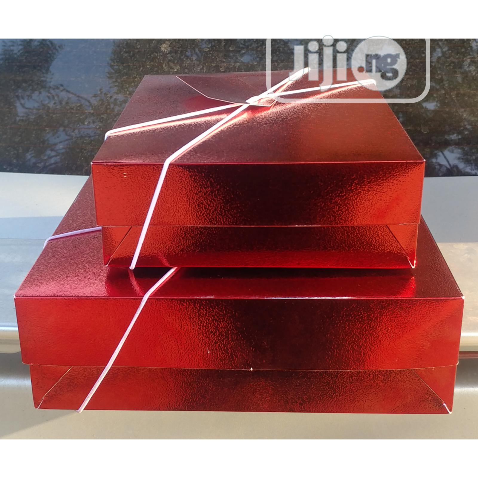 Archive: Gift Boxes With Tag-2pcs