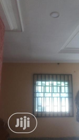 2 Bedroom Flat For Rent | Houses & Apartments For Rent for sale in Edo State, Benin City