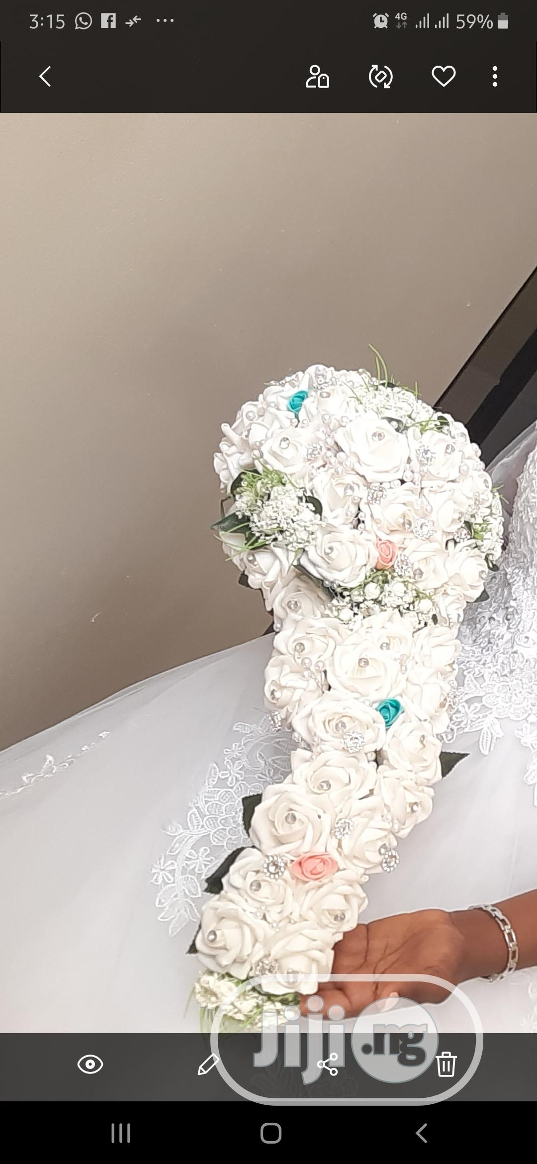 Archive: Bridal Accessories,Tiara,Bouquets,Head Rose,Wedding Gowns