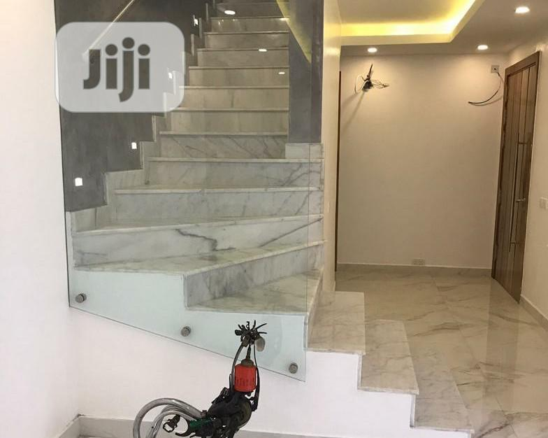 Clean & Furnished 4 Bedroom Terrace Duplex For Sale At Magbon Close Ikoyi. | Houses & Apartments For Sale for sale in Ikoyi, Lagos State, Nigeria