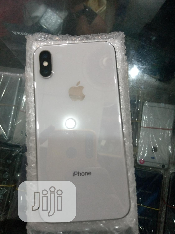 Apple iPhone X 64 GB White   Mobile Phones for sale in Ikeja, Lagos State, Nigeria