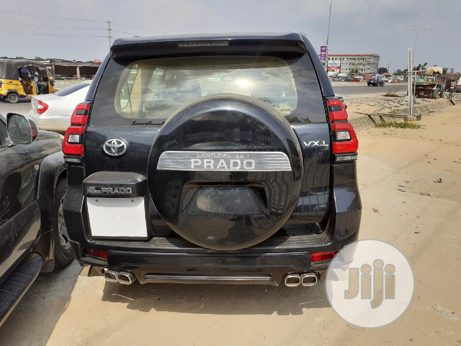 Archive: Toyota Land Cruiser Prado 2017 VX Black