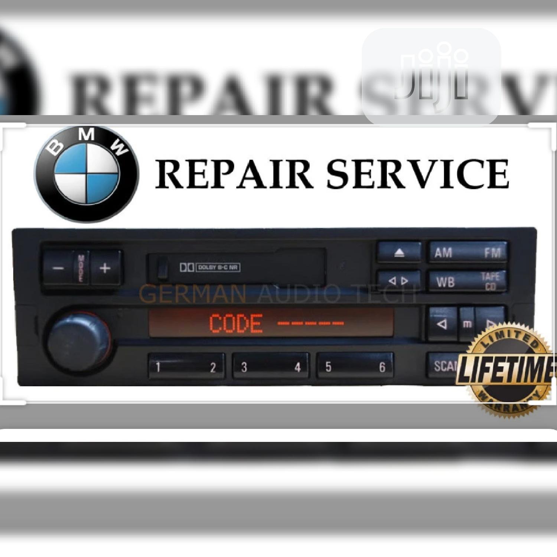 Smart Automobile Radio Technician
